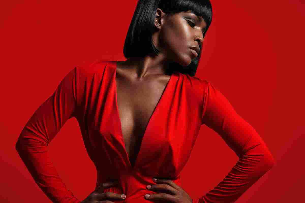 https://media1music.com/wp-content/uploads/2017/04/video_woman_red.jpg